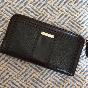 Burberry wallet! Brown.